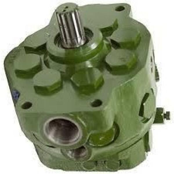 JOhn Deere PG200139 Hydraulic Final Drive Motor #1 image