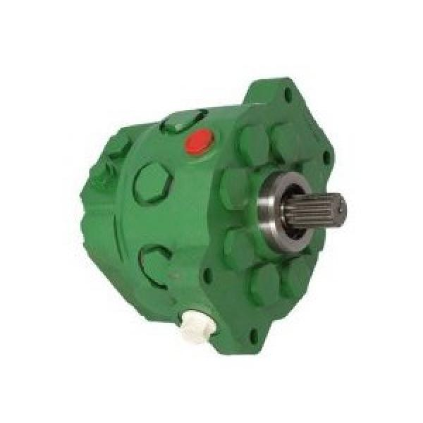 JOhn Deere 4466796 Hydraulic Final Drive Motor #1 image